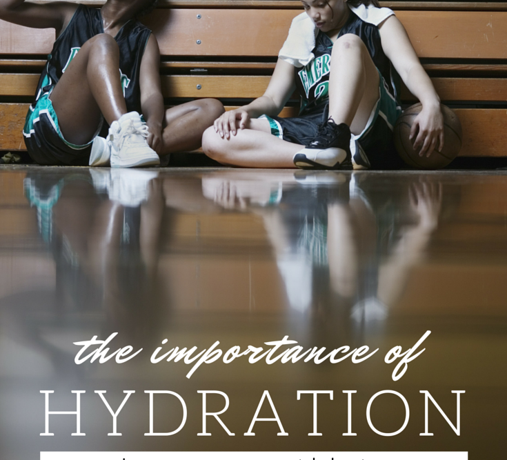 Back to sports means one thing, fueling our kids with proper snacks and hydration. But what's enough, and are sports drinks OK? An NFL nutritionist and Sports Scientist break it down!